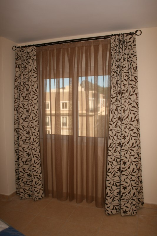 Fotos de cortinas beautiful cortinas vericales a medida for Cortinas ojales baratas